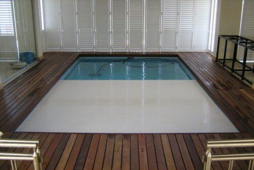 плавающие жалюзи для бассейна Cover-Blind
