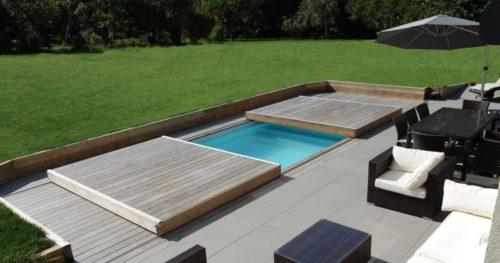 Автоматическое накрытие для бассейна спроектировано и изготовлено немецкими конструкторами